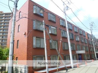 北海道札幌市東区、札幌駅徒歩12分の築26年 4階建の賃貸マンション