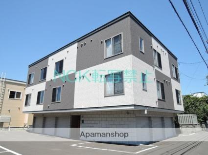 北海道札幌市東区、新道東駅徒歩15分の築7年 3階建の賃貸アパート