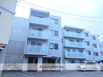 北海道札幌市東区、北18条駅徒歩12分の築2年 4階建の賃貸マンション