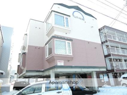 北海道札幌市東区、栄町駅徒歩8分の築26年 3階建の賃貸アパート
