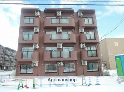 北海道札幌市北区、拓北駅徒歩20分の築2年 4階建の賃貸マンション