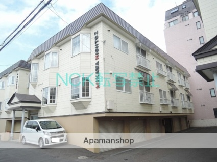 北海道札幌市東区、新琴似駅徒歩19分の築28年 3階建の賃貸アパート