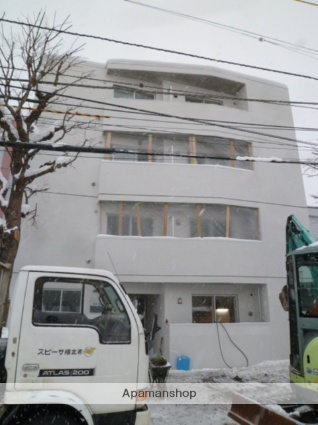 北海道札幌市北区、北34条駅徒歩11分の築5年 4階建の賃貸マンション