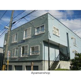 北海道札幌市東区、苗穂駅徒歩15分の築30年 3階建の賃貸アパート