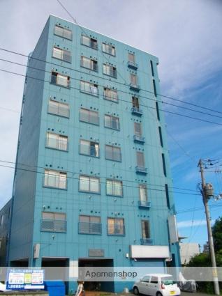 北海道札幌市北区、北34条駅徒歩17分の築33年 8階建の賃貸マンション
