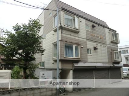 北海道札幌市東区、麻生駅徒歩20分の築30年 3階建の賃貸アパート