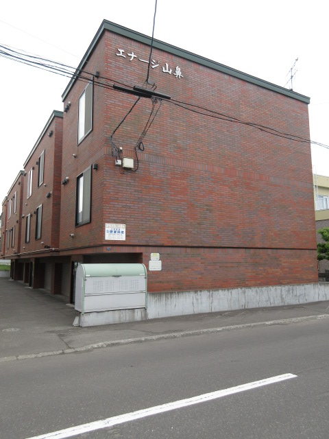 北海道札幌市中央区、東屯田通駅徒歩5分の築13年 3階建の賃貸アパート