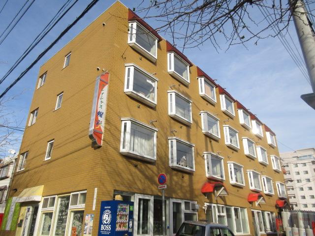 北海道札幌市中央区、西18丁目駅徒歩10分の築24年 4階建の賃貸マンション