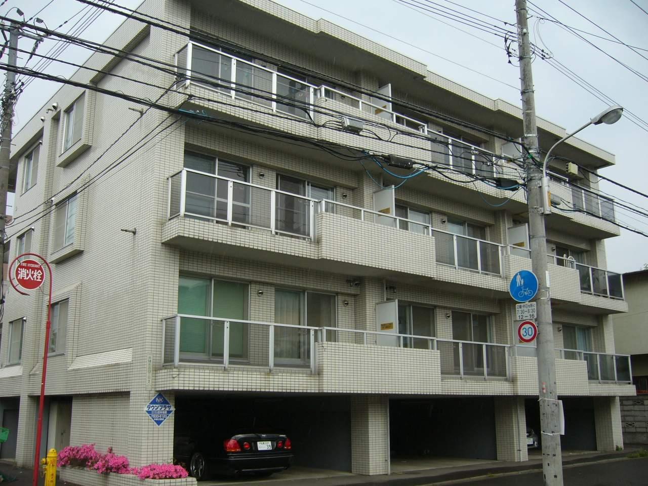 北海道札幌市中央区、西線16条駅徒歩6分の築27年 4階建の賃貸マンション