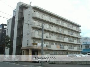 北海道札幌市中央区、桑園駅徒歩9分の築30年 5階建の賃貸マンション