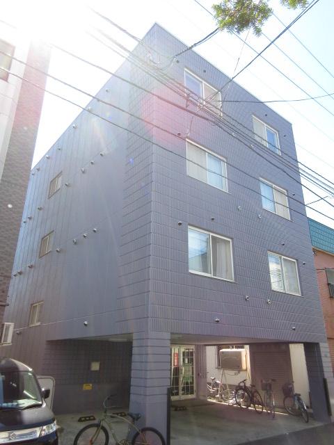 北海道札幌市中央区、西18丁目駅徒歩15分の築14年 4階建の賃貸マンション