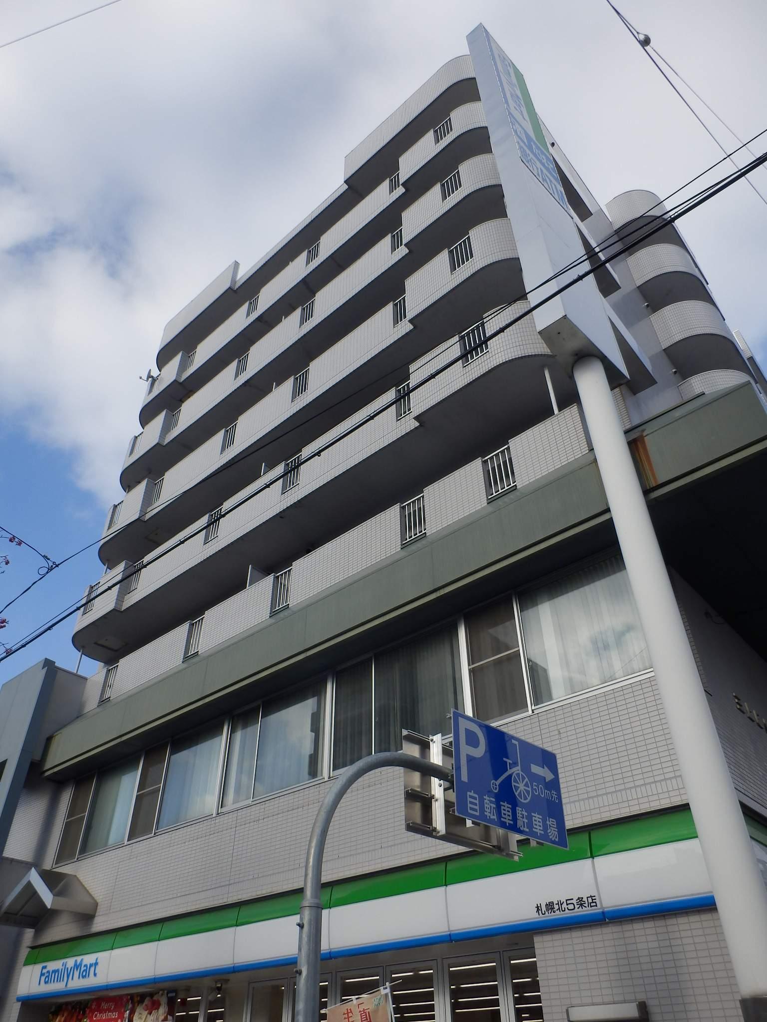 北海道札幌市中央区、西28丁目駅徒歩2分の築27年 7階建の賃貸マンション