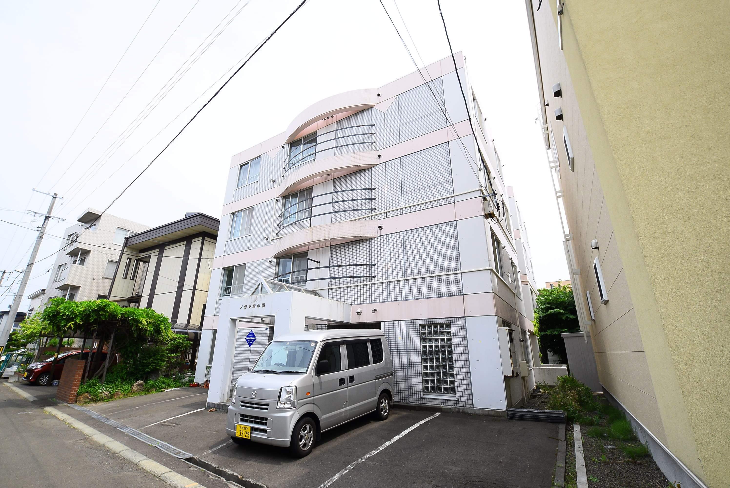 北海道札幌市中央区、琴似駅徒歩20分の築28年 4階建の賃貸マンション