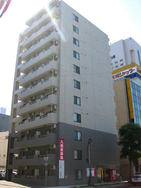 北海道札幌市中央区、西11丁目駅徒歩5分の築9年 11階建の賃貸マンション