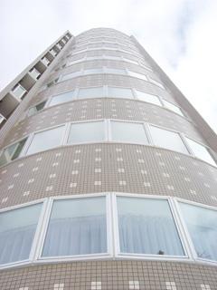 北海道札幌市中央区、西11丁目駅徒歩9分の築9年 12階建の賃貸マンション