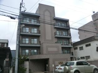 北海道札幌市中央区、幌平橋駅徒歩17分の築20年 6階建の賃貸マンション