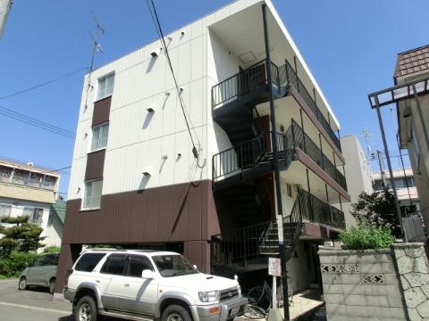 北海道札幌市中央区、二十四軒駅徒歩6分の築28年 4階建の賃貸マンション