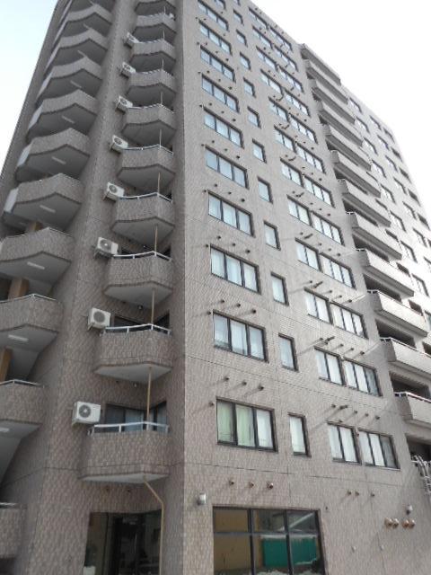 北海道札幌市中央区、西18丁目駅徒歩15分の築26年 13階建の賃貸マンション