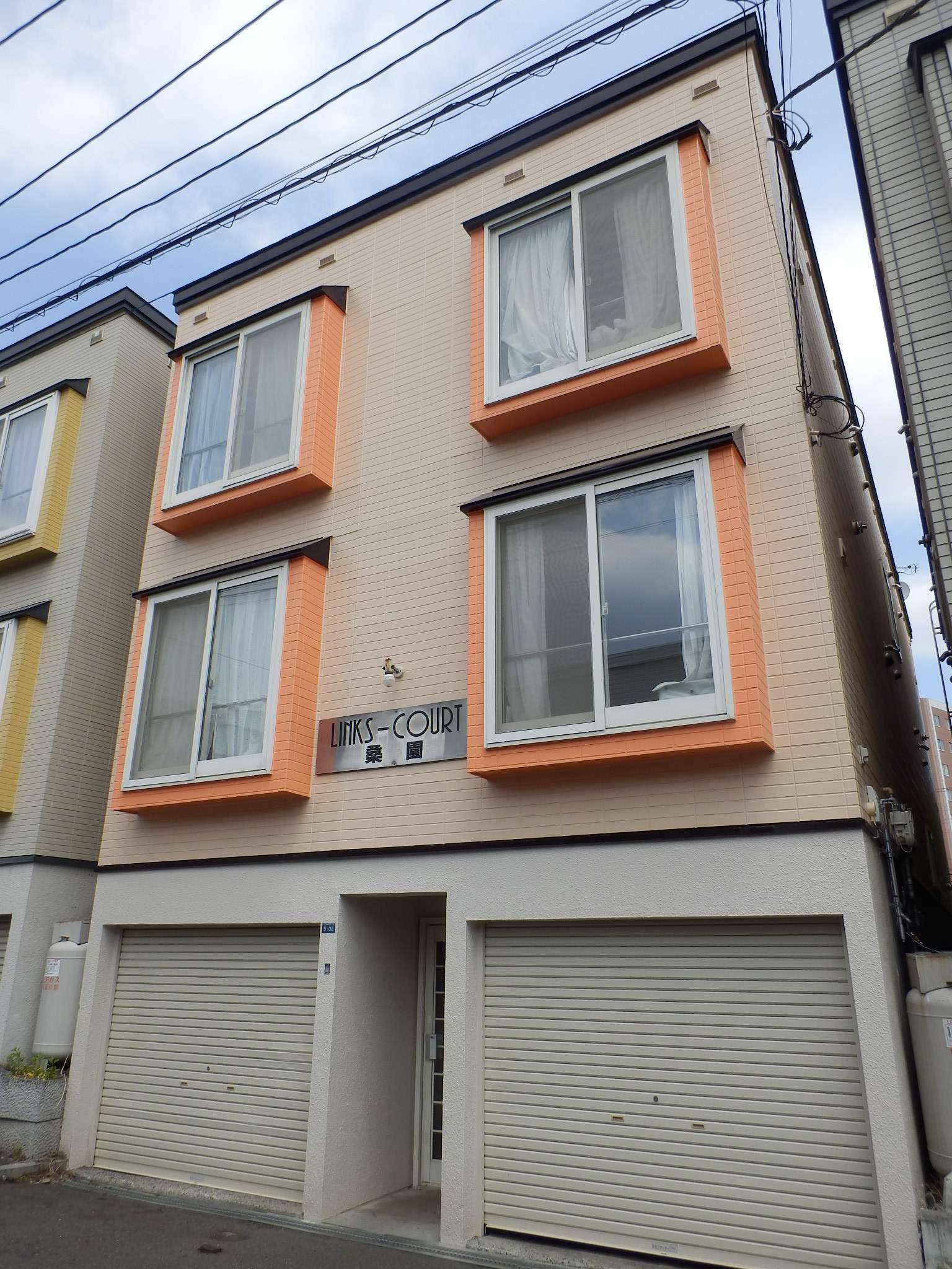 北海道札幌市中央区、桑園駅徒歩6分の築21年 3階建の賃貸アパート