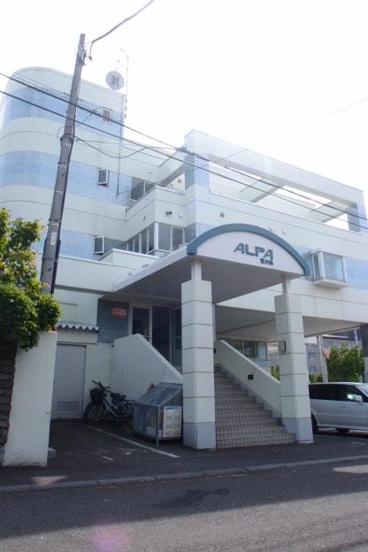 北海道札幌市中央区、西28丁目駅徒歩20分の築28年 4階建の賃貸マンション