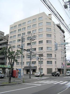 北海道札幌市中央区、円山公園駅徒歩5分の築39年 10階建の賃貸マンション