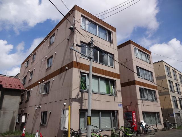 北海道札幌市中央区、西11丁目駅徒歩12分の築22年 4階建の賃貸マンション