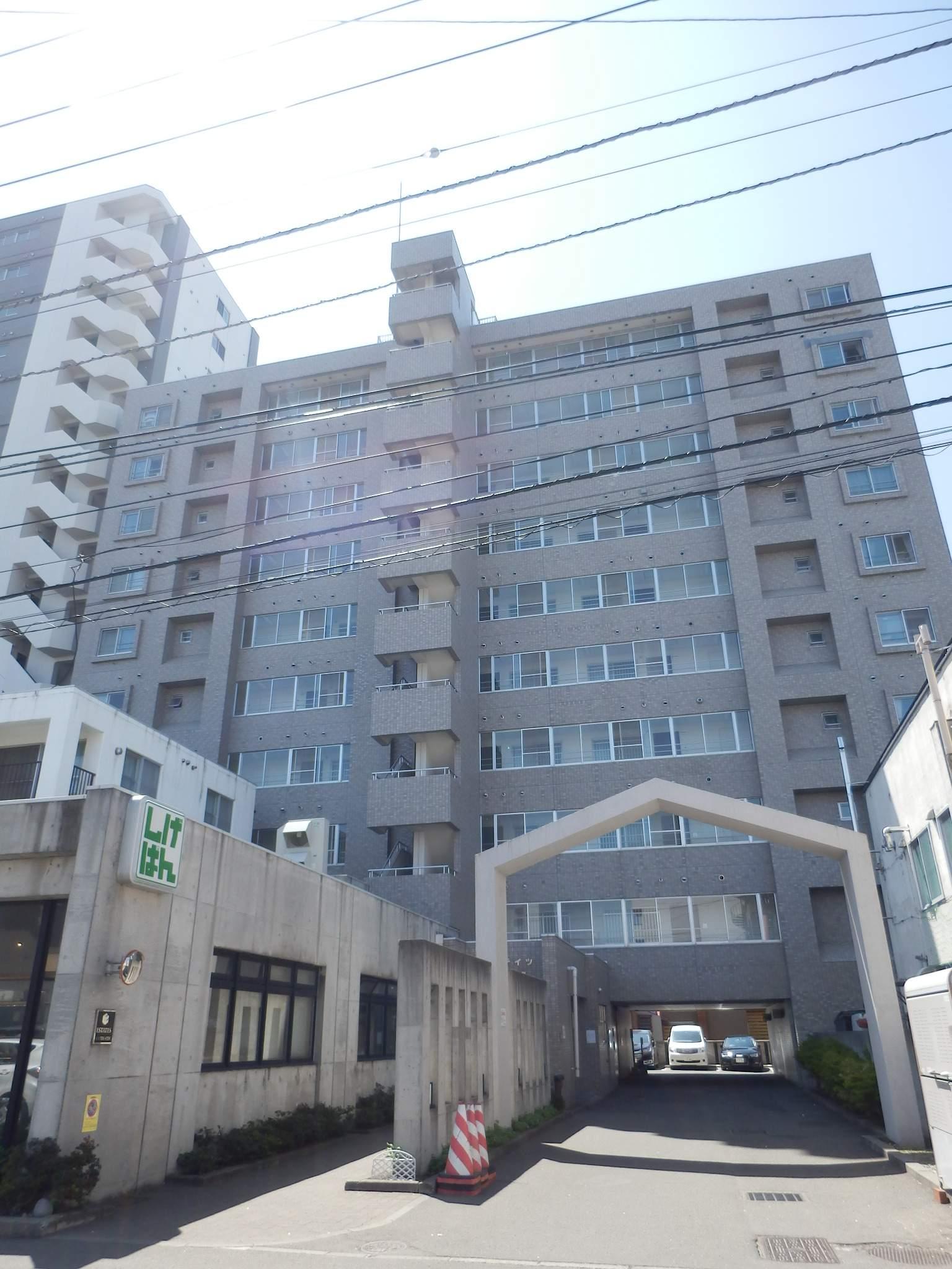 北海道札幌市中央区、西18丁目駅徒歩9分の築28年 10階建の賃貸マンション