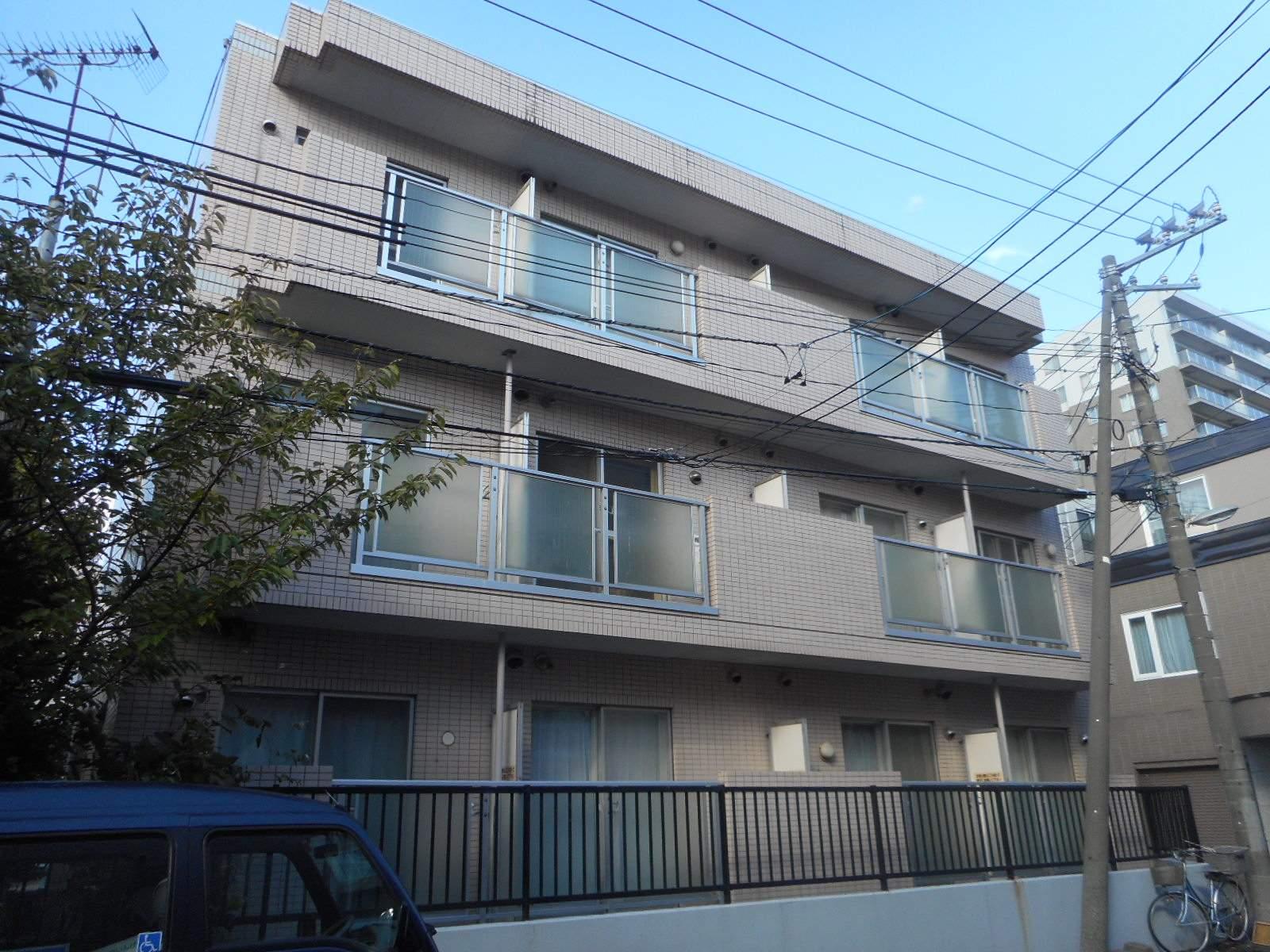 北海道札幌市中央区、二十四軒駅徒歩14分の築28年 3階建の賃貸マンション
