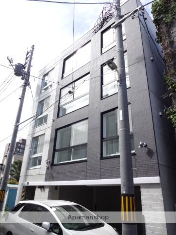 北海道札幌市中央区、西18丁目駅徒歩6分の築2年 4階建の賃貸マンション