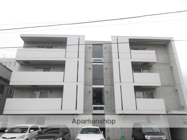 北海道札幌市中央区、桑園駅徒歩10分の築8年 4階建の賃貸マンション