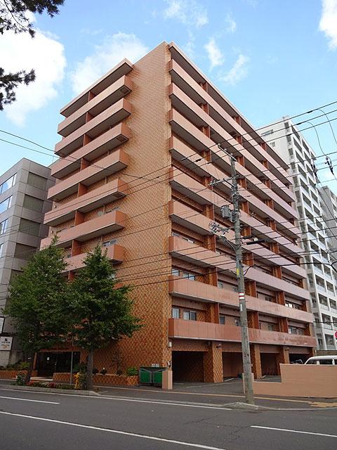 北海道札幌市中央区、幌平橋駅徒歩3分の築37年 10階建の賃貸マンション