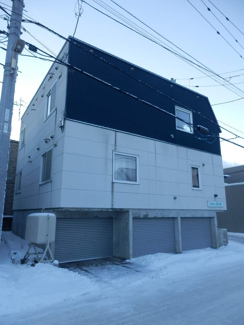 北海道札幌市中央区、西28丁目駅徒歩11分の築18年 3階建の賃貸アパート