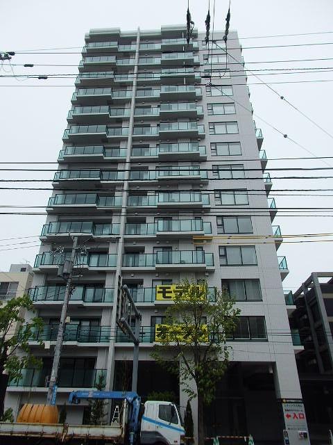 北海道札幌市中央区、西28丁目駅徒歩11分の築2年 15階建の賃貸マンション