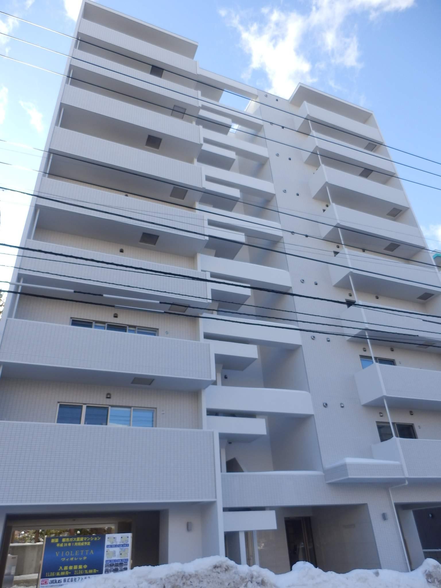 北海道札幌市中央区、苗穂駅徒歩12分の築1年 9階建の賃貸マンション