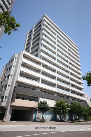 北海道札幌市中央区、桑園駅徒歩3分の築8年 15階建の賃貸マンション