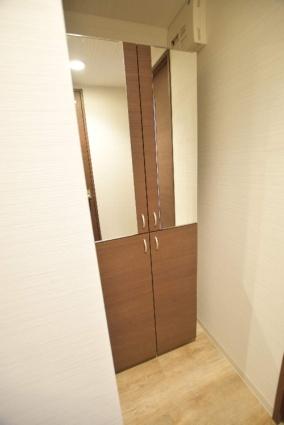 北海道札幌市中央区南七条西12丁目[1LDK/32m2]の内装2