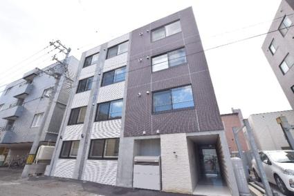北海道札幌市中央区南七条西12丁目[1LDK/32m2]の外観2