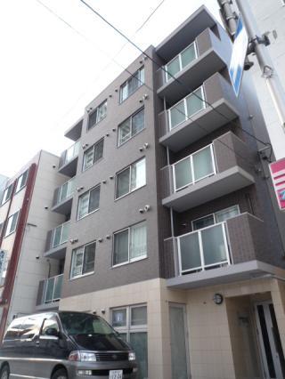 北海道札幌市中央区、バスセンター前駅徒歩4分の築5年 5階建の賃貸マンション