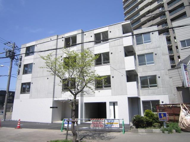 北海道札幌市中央区、西線16条駅徒歩5分の築3年 4階建の賃貸マンション
