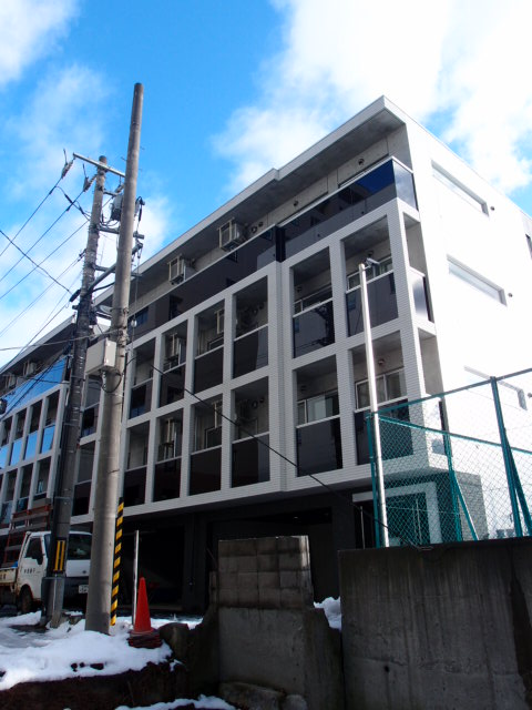 北海道札幌市中央区、バスセンター前駅徒歩3分の築4年 4階建の賃貸マンション