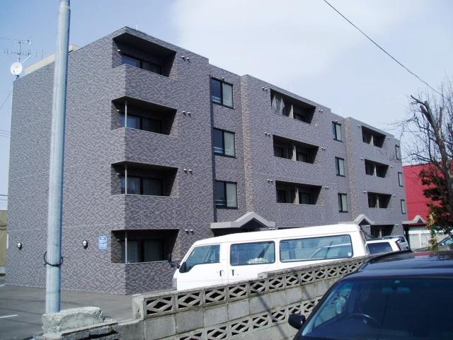 北海道札幌市中央区、幌平橋駅徒歩11分の築14年 4階建の賃貸マンション