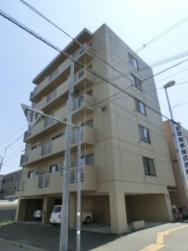北海道札幌市中央区、桑園駅徒歩10分の築23年 6階建の賃貸マンション