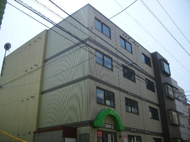 北海道札幌市中央区、中島公園駅徒歩12分の築29年 4階建の賃貸マンション
