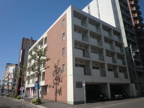 北海道札幌市中央区、桑園駅徒歩14分の築33年 6階建の賃貸マンション