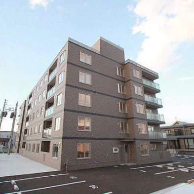 北海道江別市、野幌駅徒歩13分の築2年 5階建の賃貸マンション