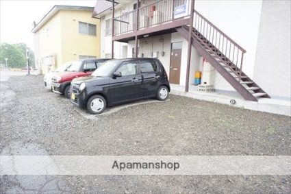 ハイツやまもと[2LDK/45.36m2]の駐車場