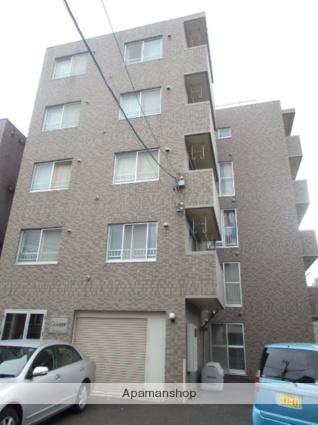 北海道札幌市北区、札幌駅徒歩7分の築17年 5階建の賃貸マンション