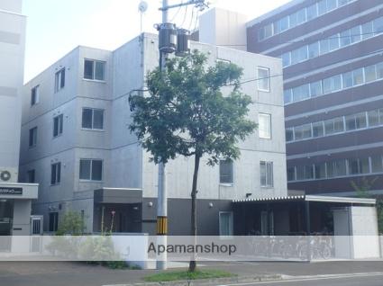 北海道札幌市北区、北24条駅徒歩8分の築4年 4階建の賃貸マンション
