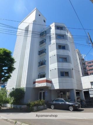 北海道札幌市北区、北18条駅徒歩8分の築30年 7階建の賃貸マンション