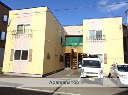 北海道札幌市北区、八軒駅徒歩17分の築8年 2階建の賃貸アパート